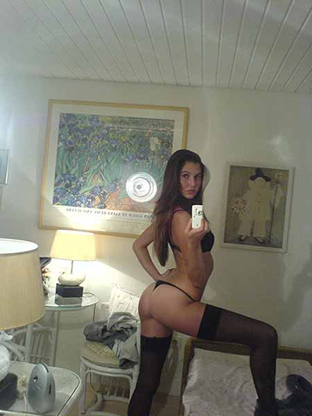 Seductive Young Girl Is Ready For An Adult Sex Date